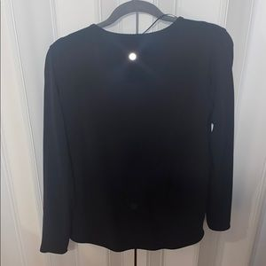 lululemon athletica Tops - Lululemon twist front shirt